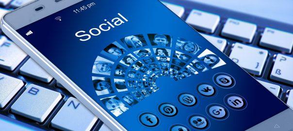 Dane osoby naruszającej dobra osobiste w Internecie do ujawnienia